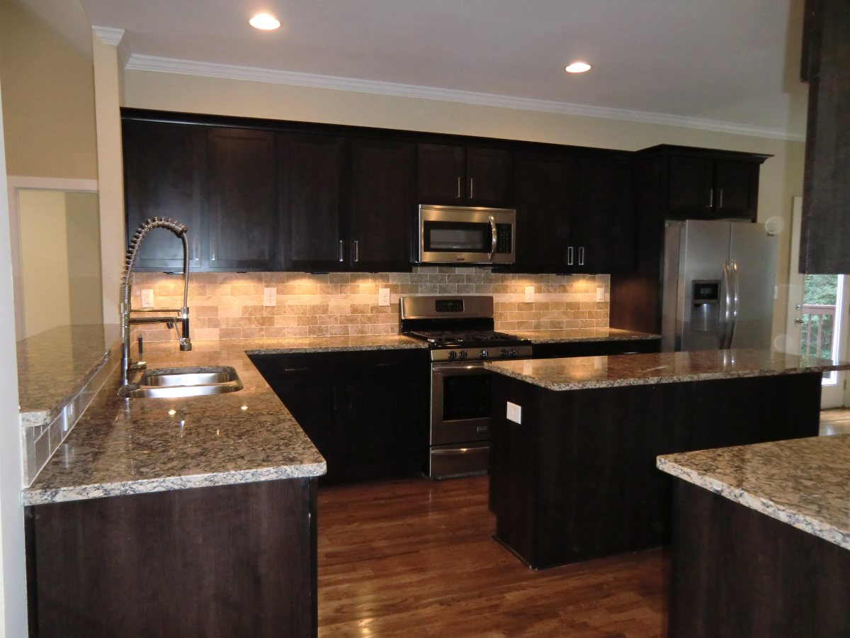 Brand new HUGE kitchen with islandHuge Kitchen Islands