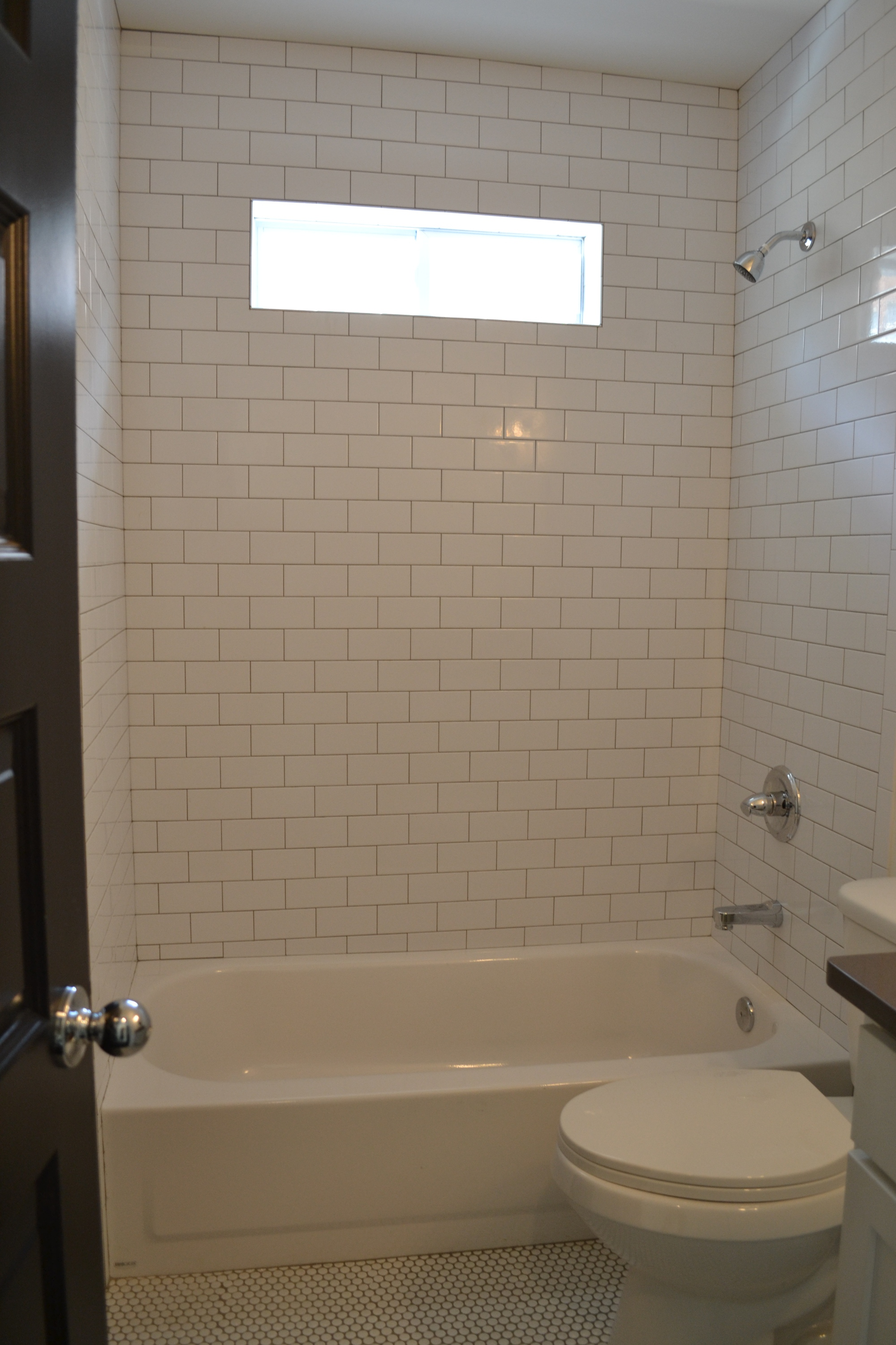 Subway Tile To The Ceiling Delta Faucets With Lifetime Warranty